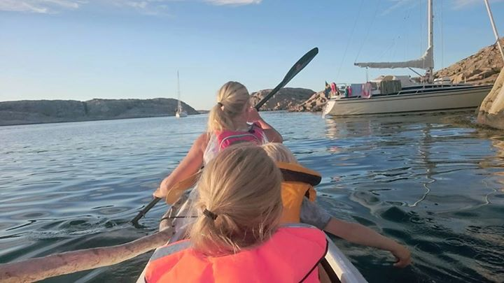 Book your family adventure today!  We have both 3 hours tours guided family tours and overnight camping tours for the more adventurous family.  Guided family tour 3 hours http://www.skargardsidyllen.se/en/family-kayak-tour/  Camping tours http://www.skargardsidyllen.se/en/fjallbacka-archipelago-2-days/ http://www.skargardsidyllen.se/en/fjallbacka-arhipelago-3-days/ http://www.skargardsidyllen.se/en/koster-guided-3-days/